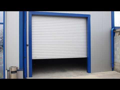 Roller shutter door with aluminium slats 77mm
