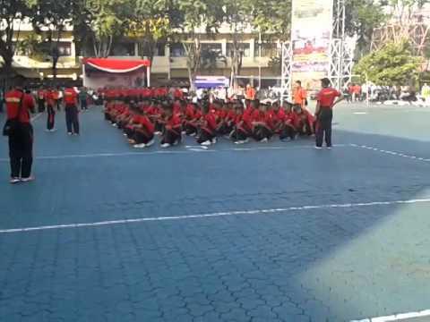 Yel Yel Sat Brimob Polda Jatim Angkatan 23