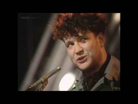 Blancmange - Living On The Ceiling (TOTP 1982)