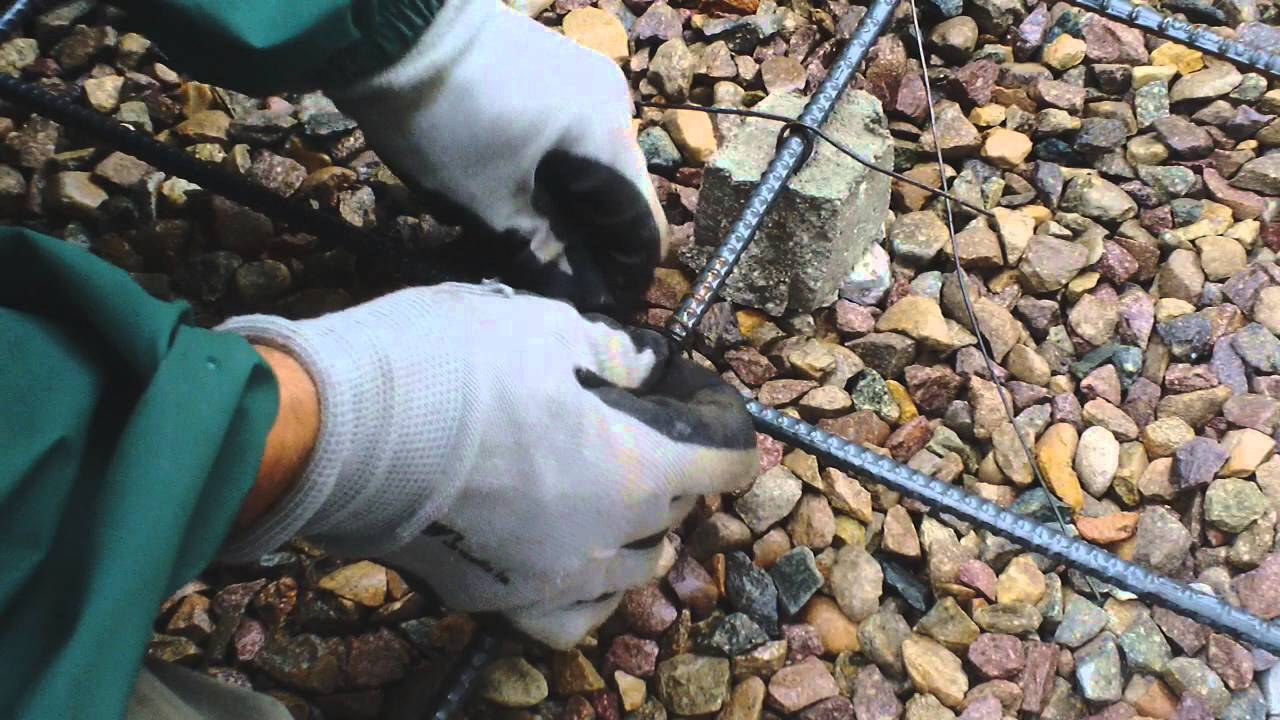 Diy concrete rebar wire tying funnycat tv for Diy reinforced concrete