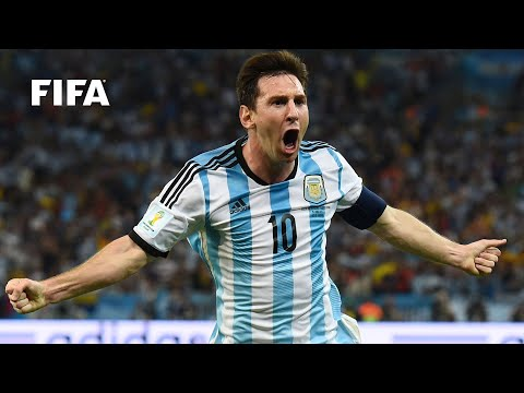 MESSI: TOP 10 GOALS, 10 YEARS