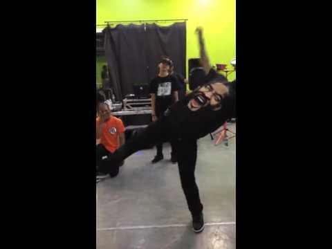 Les Twins , Fik Shun, & Skitzo Freestyle Session