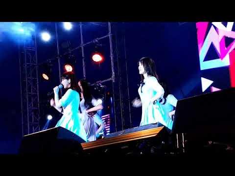 Gfriend in Kpop Republic 2 in Manila 10282017