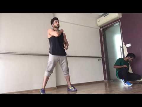 Dance Gurmeet Choudhary song tamma tamma again