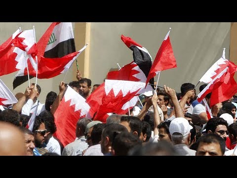 Iraqis march in support of Shiite cleric targeted by Bahrain police