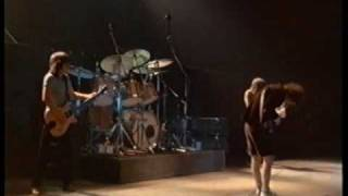 AC/DC - Shot Down in Flames (live Paris