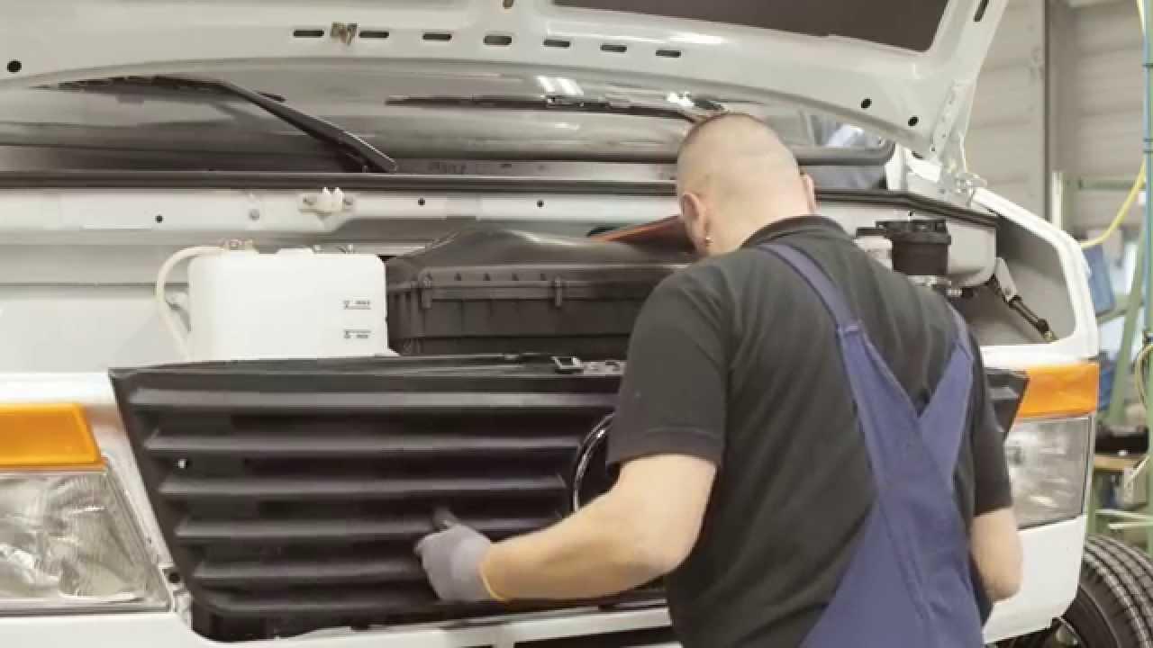 Manufacturing mercedes benz vario plant ludwigsfelde youtube for Mercedes benz manufacturing