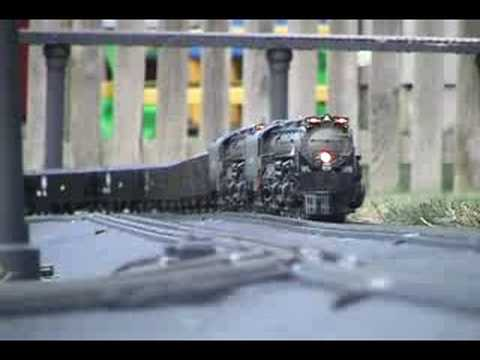 MTH - Union Pacific Big Boy (Garden Railroad) - Video #24