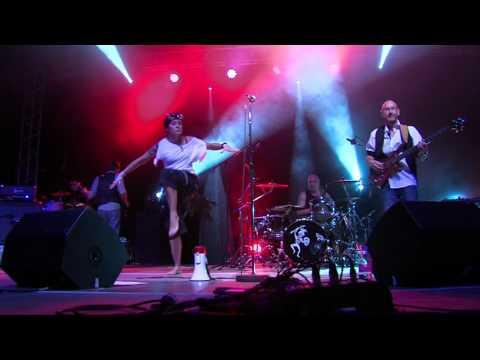 """lady-fuel-""""insectization""""-clip-live-palais-des-sports-lyon"""