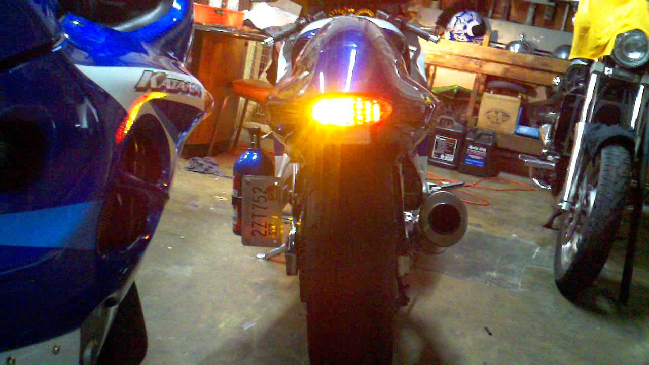 intergrated tail light install hayabusa dale watson [ 1280 x 720 Pixel ]