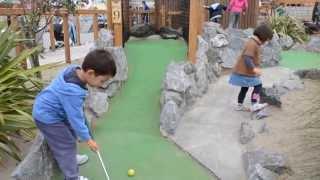Mini Golf Kids Playtime Fun