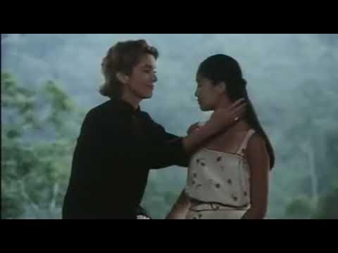 Catherine Deneuve  Pham Linh Đan trong phim