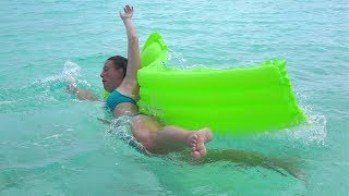 Try Not To Laugh Stupid People and Epic Fails 2019 Extreme Idiots Of The Internet Compilation 2019
