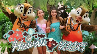 Brooklyn and Bailey in Hawaii | Vacation Ideas