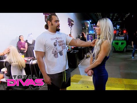 Excitement builds backstage during WrestleMania Day: Total Divas, Nov. 16, 2016