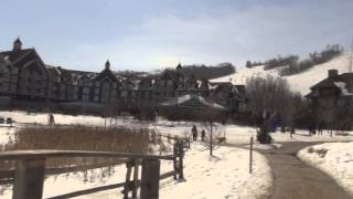 видео Горный дом для семьи сноубордистов в Канаде