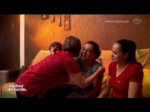 Catia Conhece Filhas Que Buscam Mãe Após 30 Anos