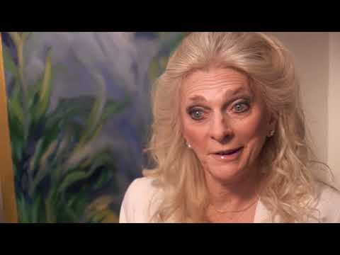 BILL BOGGS interviews JUDY COLLINS  in herNew York apartment.