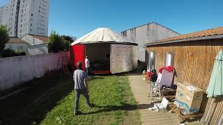 Time laps montage d'une Yourte Française de 43m² et  terrasse de 35m². Classe d'école à La Rochelle