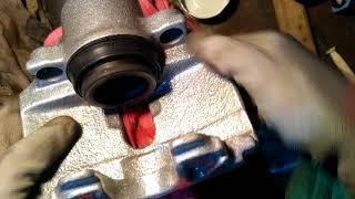 Лайфхак по установке пыльника на задний суппорт vw