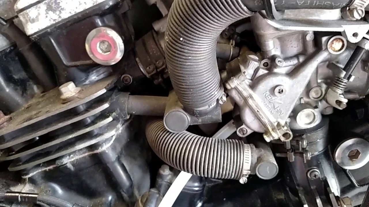 1982 Honda Magna VF750 V45 Carburetor Vent Pipe Fuel Leak  YouTube