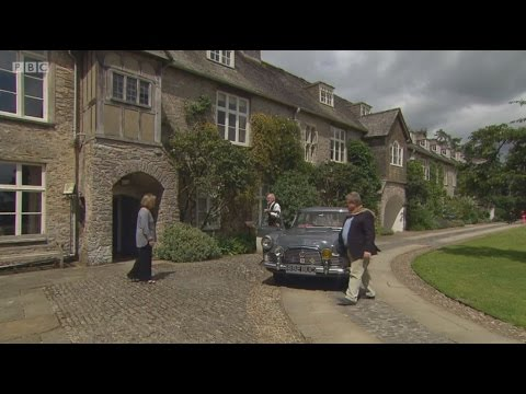 Celebrity Antiques Road Trip visits Dartington Hall