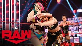Asuka & Rhea Ripley vs. Nia Jax & Shayna Baszler: Raw, Apr. 5, 2021