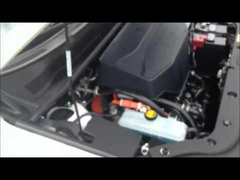Autoblog Short Cuts: 2013 Toyota RAV4 EV