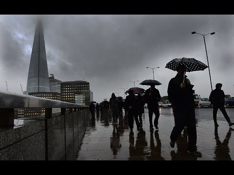 Heavy rain and gales as storm hits the UK