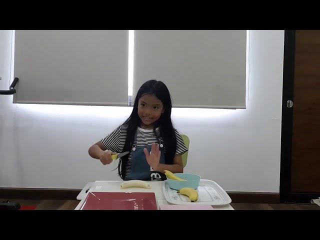 Minnie 11th  Making banana slices 720p