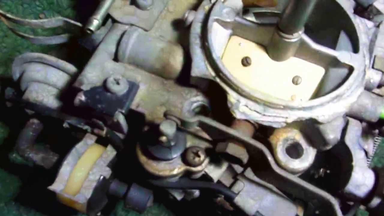 Suzuki Samurai  Installing a Toyota carburetor 1 of 2