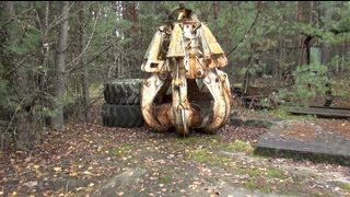 chernobyl 2012 II: the highly radioactive graphite crane claw (deja vu)