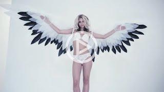 Модели Victoria's secret / Идеи для фото / Фотосессия с крыльями / Нижнее белье Victoria Secret