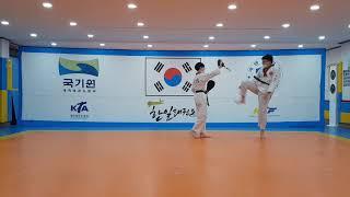 중2 김기주 미트겨루기…