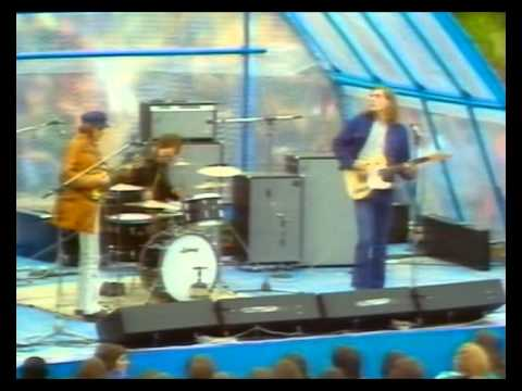 Fairport Convention - (1/4) 30 June 1971. Live on Ainsdale Beach nr Southport, England.