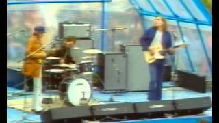 Play Angel Delight (Live)