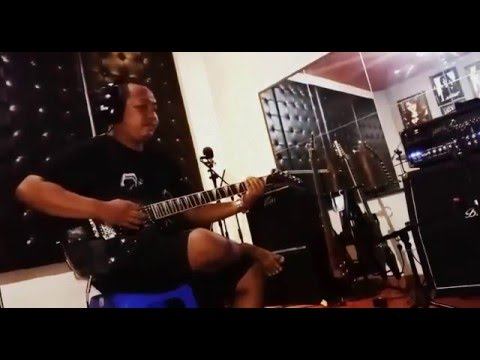 Tompul Dhani Take Guitar Wallonia - Warisan