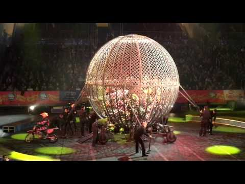 Ringling Brothers Legends - 8 motorcycles inside metal globe