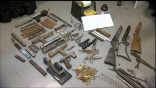 Polícia fecha fábrica clandestina de armas que abastecia traficantes em BH thumbnail