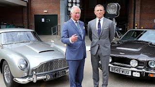 الأمير تشارلز يلتقي جيمس بوند في موقع تصوير فيلمه الخامس والعشرين…