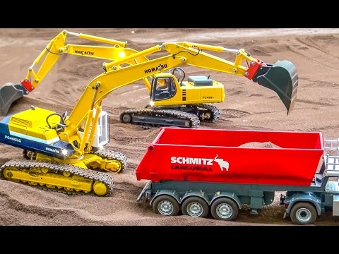 RC trucks, tractors and excavators in incredible 1/32 scale working hard!