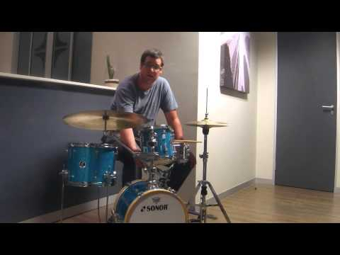 Bradley Cooper talks about the SONOR Martini kit