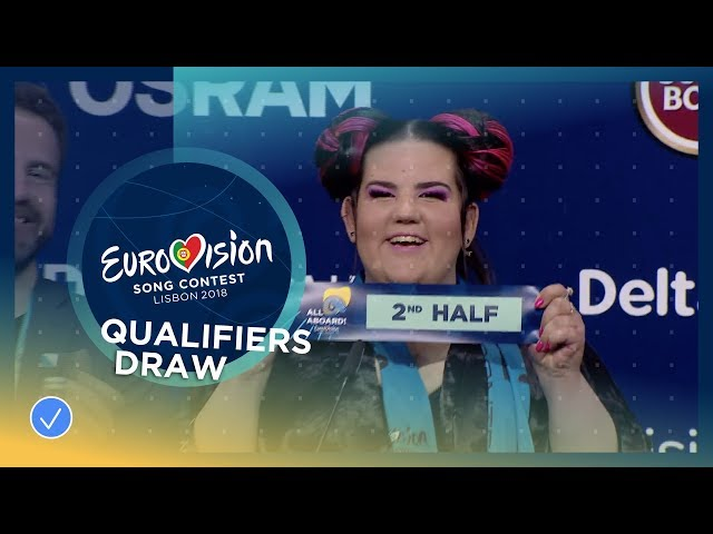 The qualifiers of the first Semi-Final draw their half for the Grand Final
