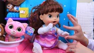 Doc McStuffins Dr.Sandra Does ❤ Baby Alive Lucy & Puppy Dog Daisy Pet Vet Check Up + Broken Leg