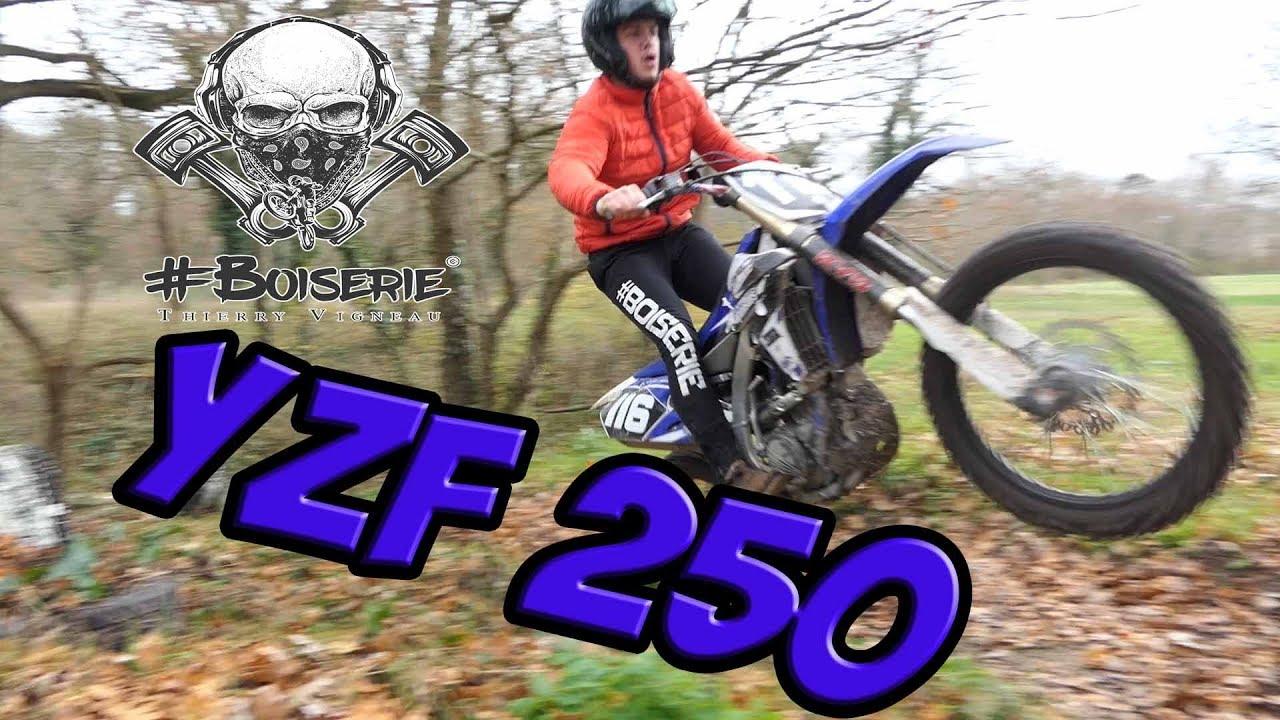 YAMAHA YZF 250 Full préparée (chute)