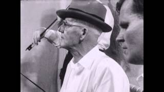 Clarence Ashley with Doc Watson: The Banks of the Ohio (1961)