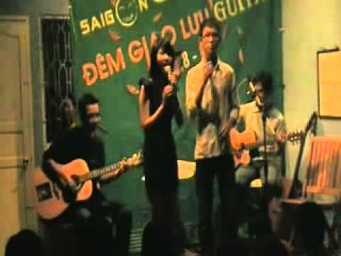 Chiếc Lá Đầu Tiên (sung by Thien Phuc & Phu Tien)