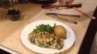 Куриная грудка со шпинатом под сырной корочкой