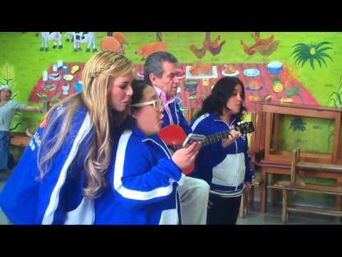 Majori De Souza, Michelle Rodríguez y Ricardo Vera visitan niños