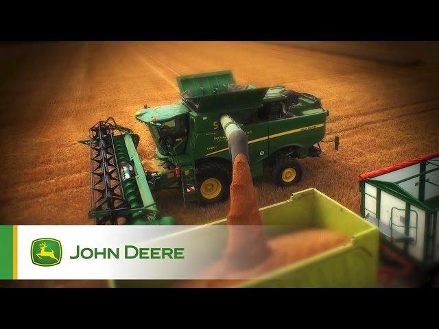 Mietirebbie Serie S John Deere - In azione Clip 1